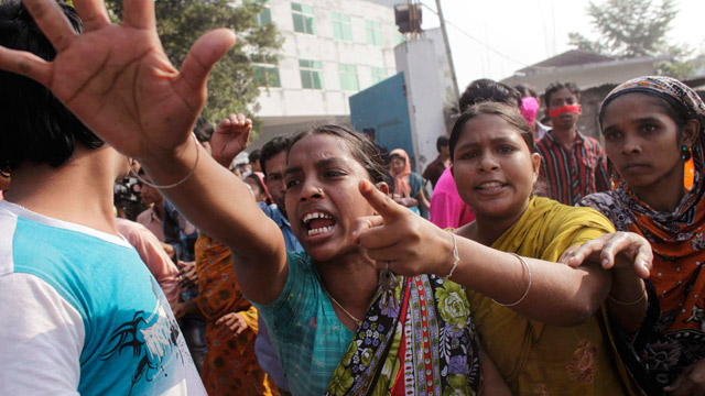 Textile workers protest