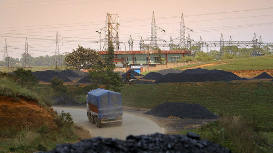 While many people in India live without electricity, it is looking less likely that Australian coal will supply it. Environmental Change and Security Program/Flickr, CC BY-NC-ND