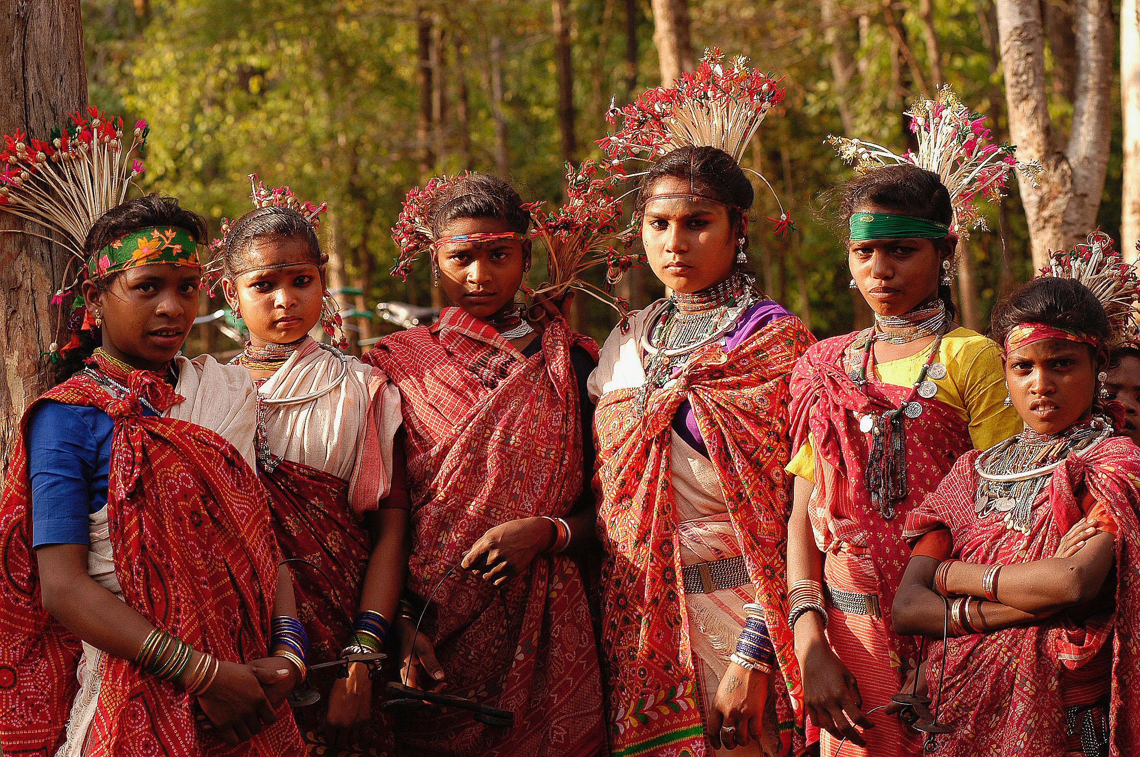Young_Baiga_women,_India_tribal