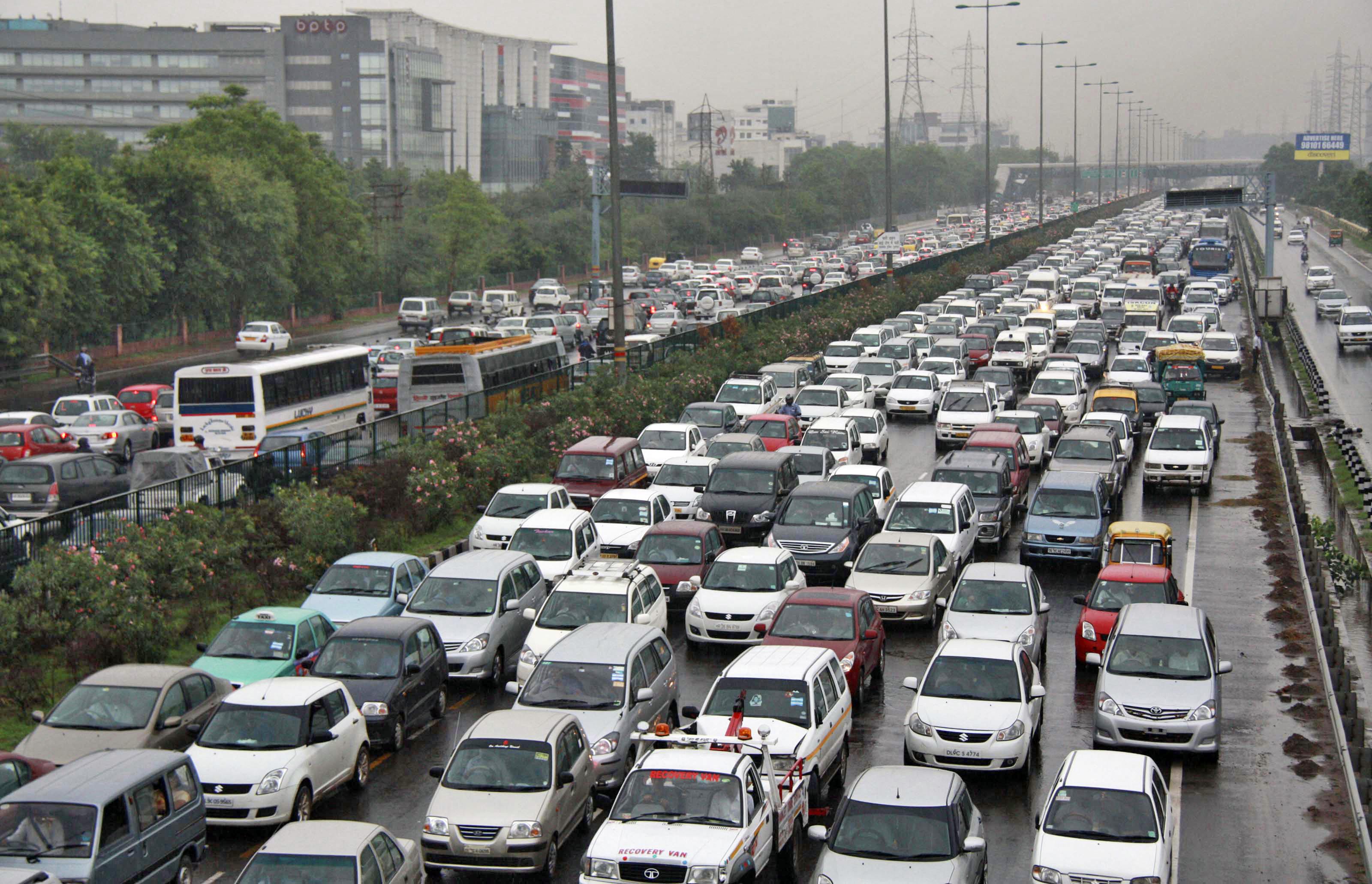 દિલ્હીમાં વધતા પ્રદુષણના સ્તરને કારણે 13 નવેમ્બરથી ફરી લાગુ થશે ઓડ-ઇવન ફોર્મ્યુલા