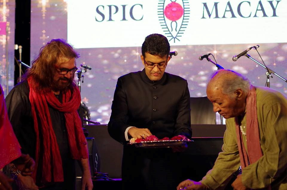 The event was inaugurated by none other than Padma Vibhushan Pt. Hariprasad Chaurasia, Padma Shree Pt. Vijay Ghate and our esteemed Director, Prof. Vikram Sampath.