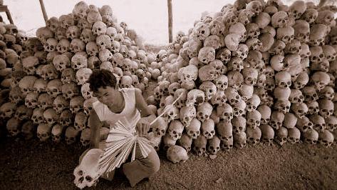 https://dz01iyojmxk8t.cloudfront.net/wp-content/uploads/2012/05/06234418/Cambodian-genocide-under-Pol-Pot.jpg
