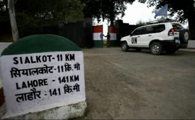 India-Pak-soldiers