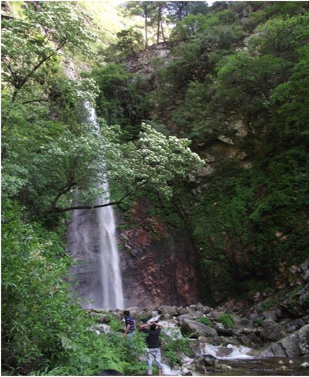 Tirthan Valley