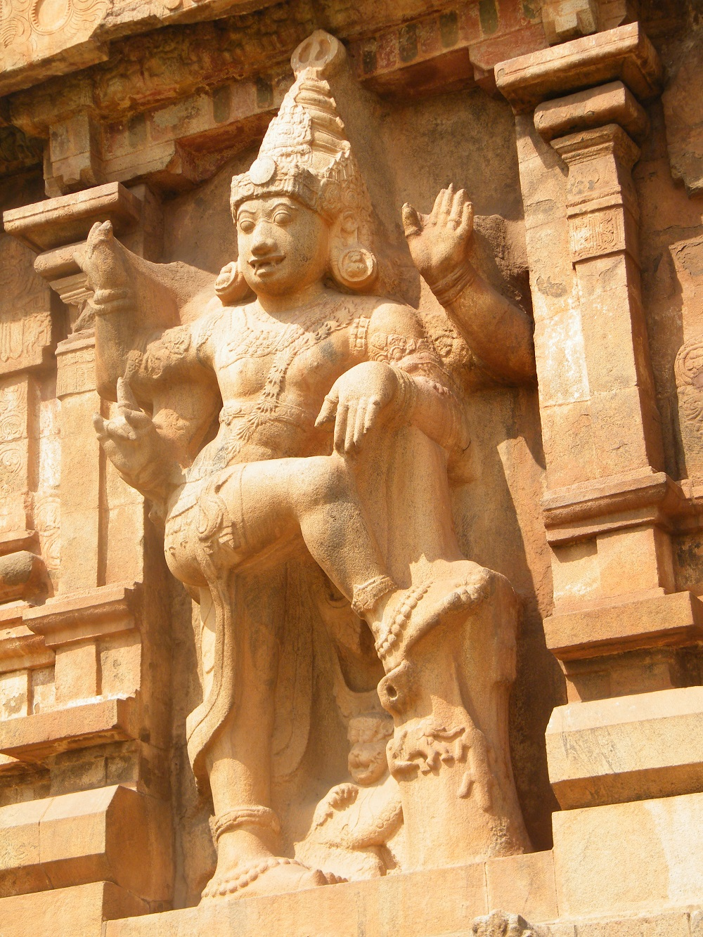 One of the many carvings on the walls of Brihedeshwara temple