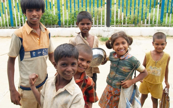 Street_children_in_India