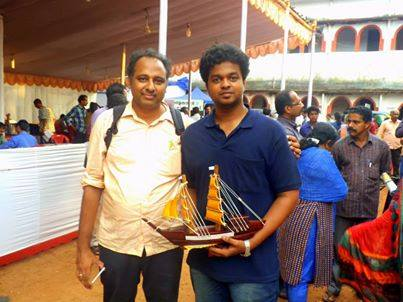 James John with young innovator and 2013 Ignite Award winner Atheerth Chandran