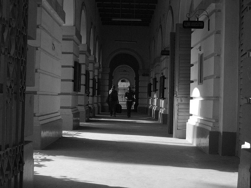 800px-Presidency_corridor