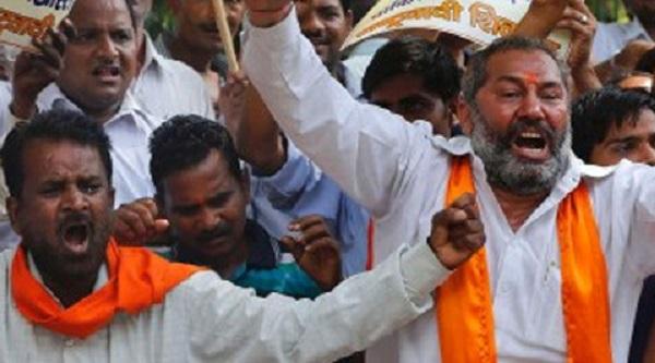 Shiv-Sena-protest-Pune