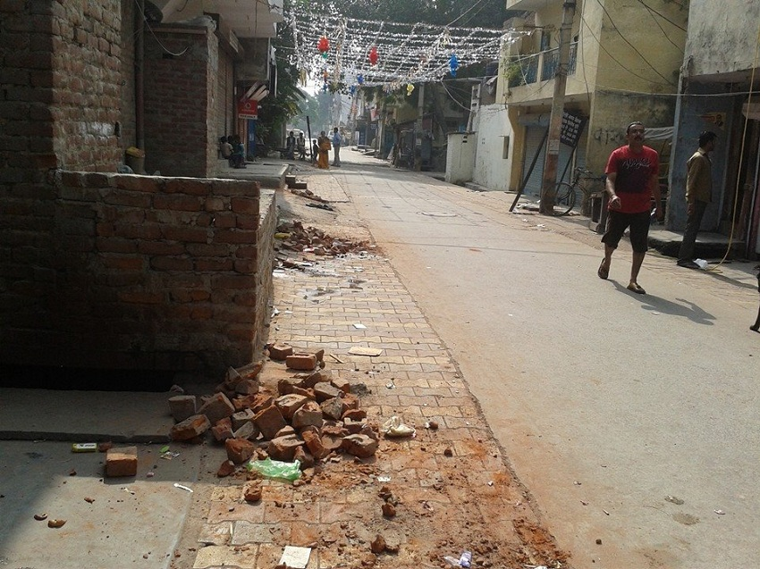 Block 20, eerie calm. Bricks gathered and kept after every few meters. Picture credits: Kumar Sundaram