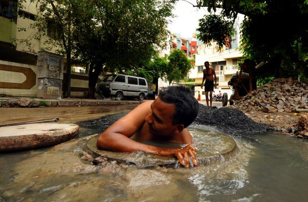 manual scavenging India
