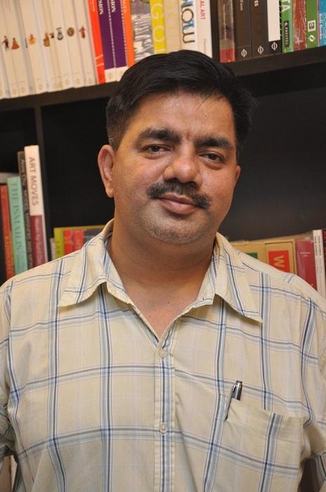 hussain zaidi writer