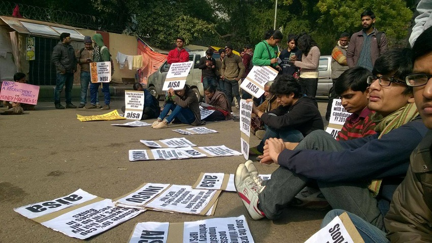 AISA activists protesting at Department Of Finance.