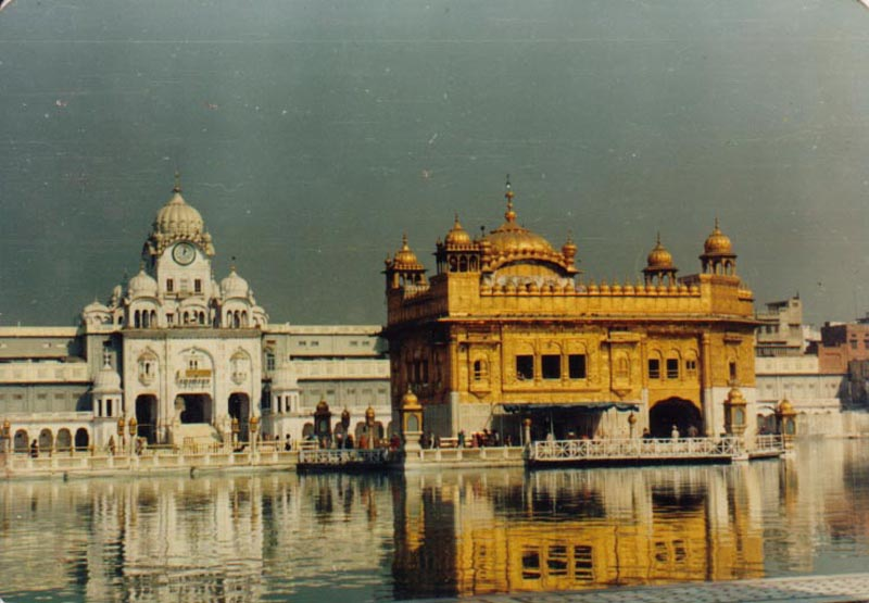 Golden_Temple_Amritsar_1987