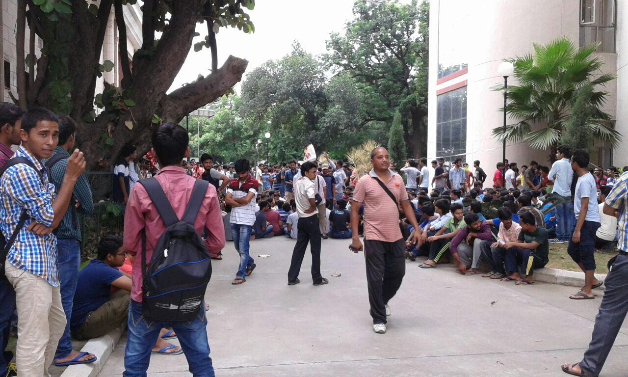 iit roorkee student protest 4