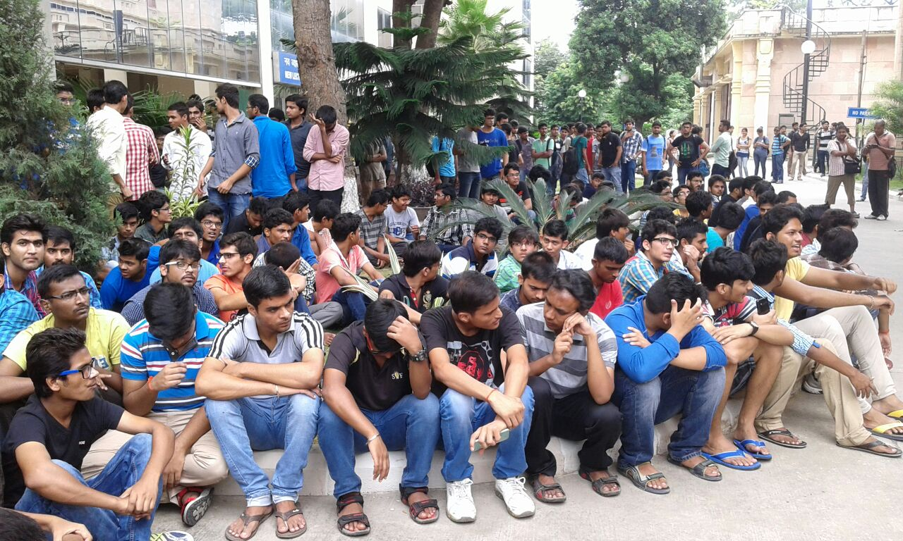 iit roorkee student protest 1