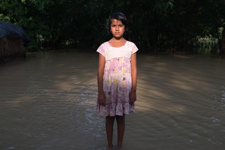 It's as if their lives don't matter at all. They're still in waist-deep water, their homes destroyed, their crops lost and their future threatened. Others have been hunkered in evacuation centres for weeks, waiting for the water to wash away, to claw back a life.  And no one outside their community seems to care.