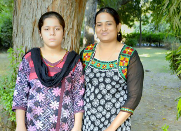 620 Two years after her wedding in Jaisalmer, Rajasthan, Bhanu (left), then 17, swallowed sleeping pills and tried to kill herself. Kriti Bharti (right), a psychologist, helped Bhanu (her name has been changed for this story) annul her marriage to a 55-year-old barber, who allegedly paid her grandfather a marriage fee of two lakh rupees. Image source: indiaspend.com