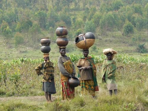 Batwa_women_in_Burundi