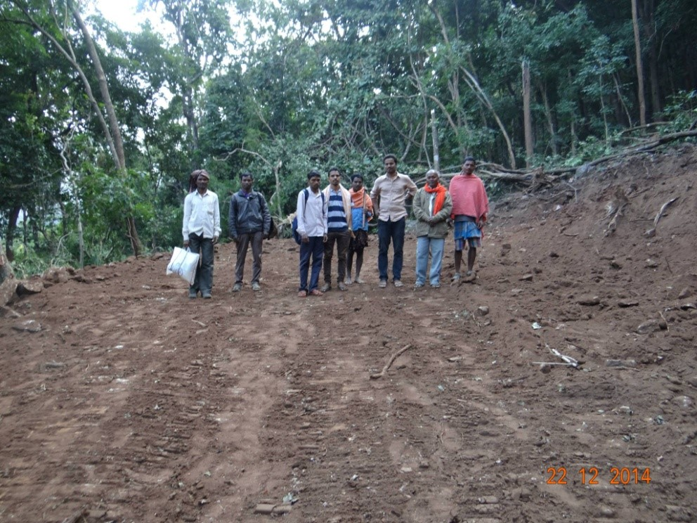 With villagers to monitor the road project in Garadama district. Credits: Prakash Kumar Sahoo