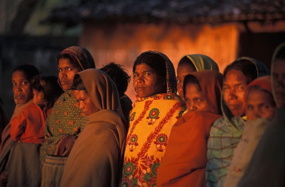 caste_women_village