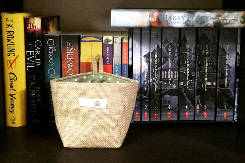 harry potter series bookshelf