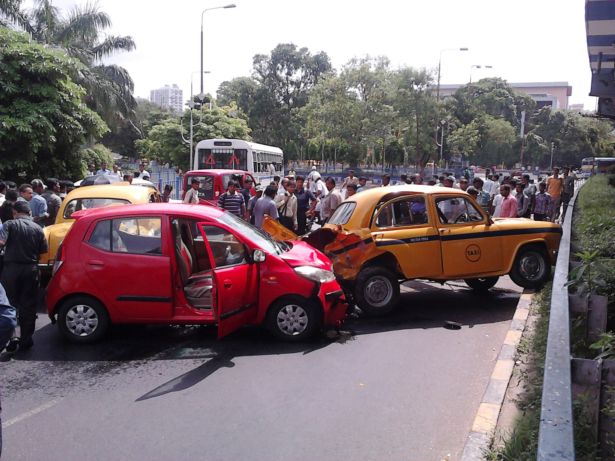How Road Accidents In India Are Affected By Speed Limited That Make ...