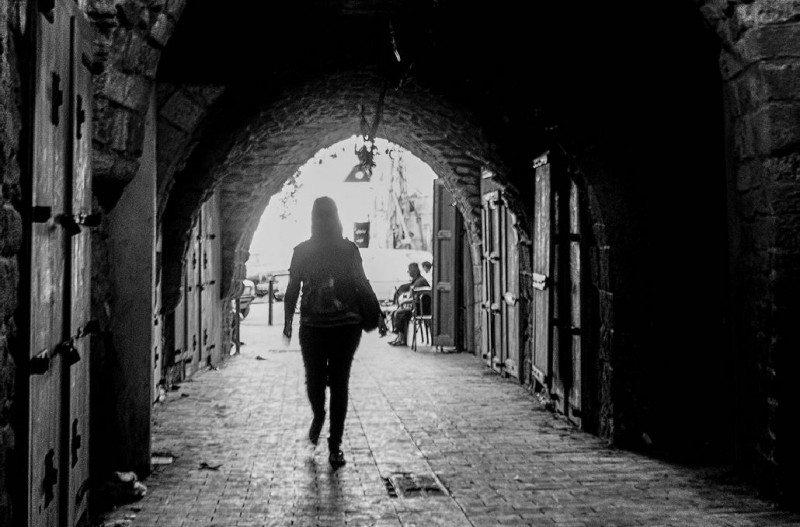 woman_alone