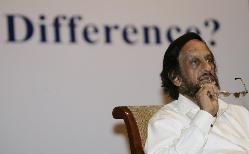Chairman of the United Nations' Intergovernmental Panel on Climate Change (IPCC) Rajendra Pachauri attends a conference themed ?Climate Change: How on Earth Can We Make a Difference?? organised by the Federation of Indian Chambers of Commerce and Industry (FICCI) in New Delhi August 20, 2009. Global negotiations for a new U.N. agreement on climate change are stuck on the question of how much cash or technology rich nations will provide the poorer countries. REUTERS/B Mathur (INDIA ENVIRONMENT SOCIETY POLITICS) - RTR26XIP