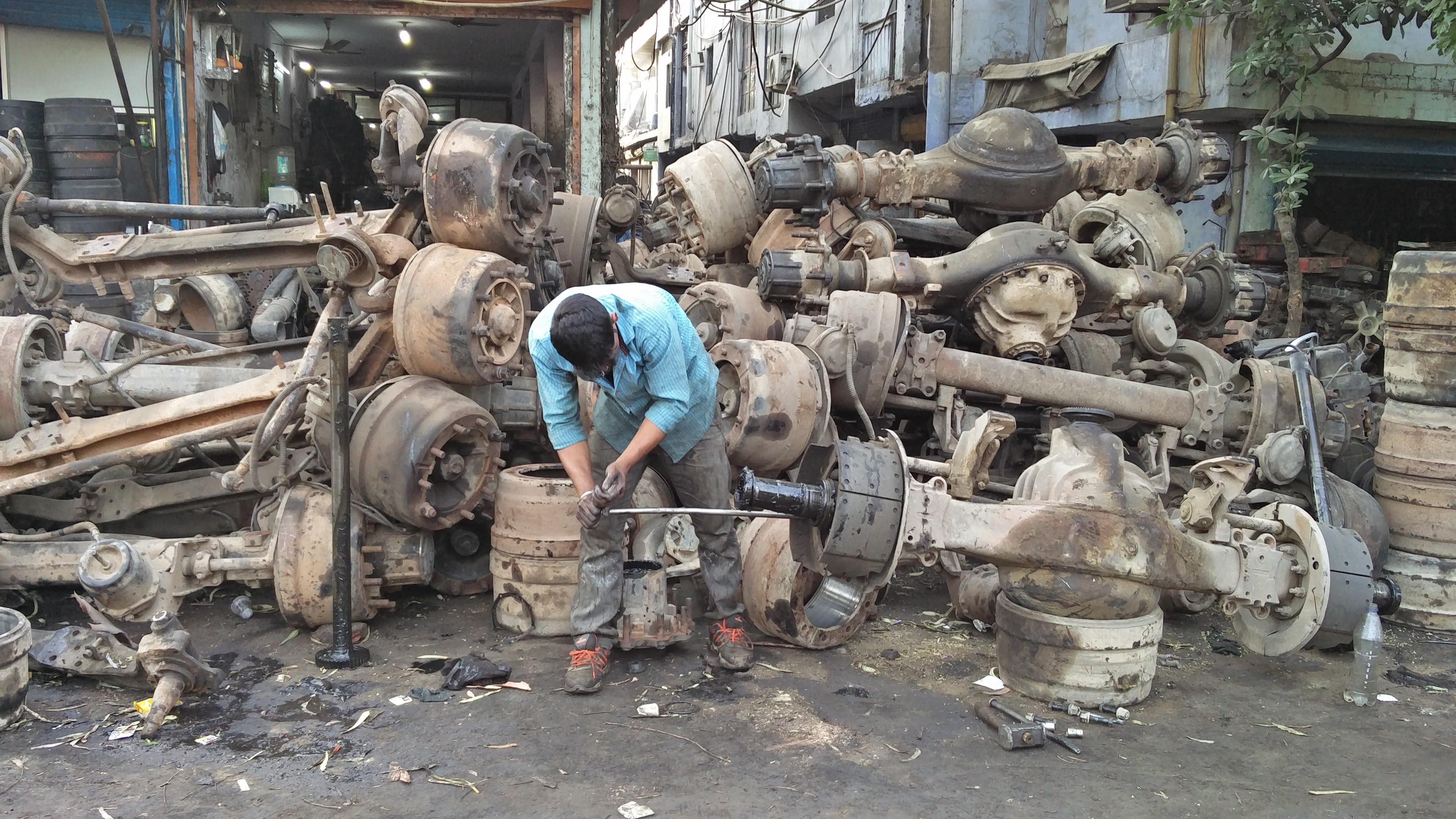 mayapuri scrap yard 2