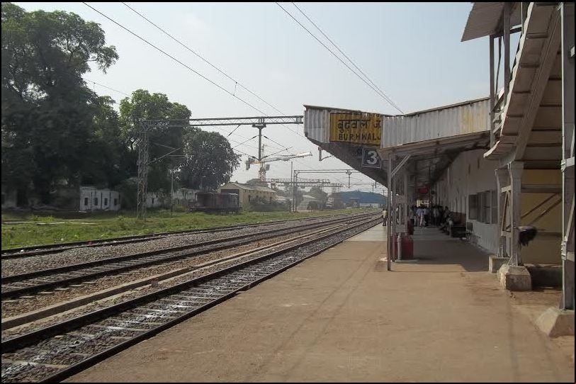 burhwal and gonda railway station 2