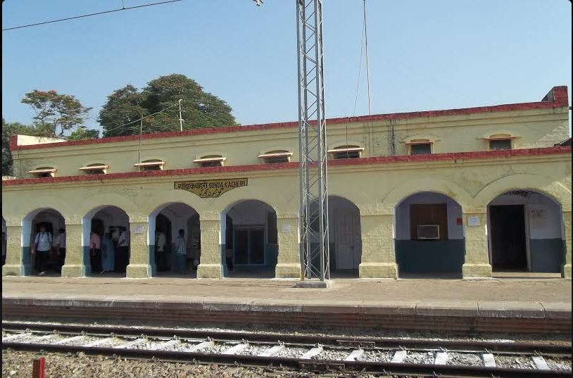 burhwal and gonda railway station 3