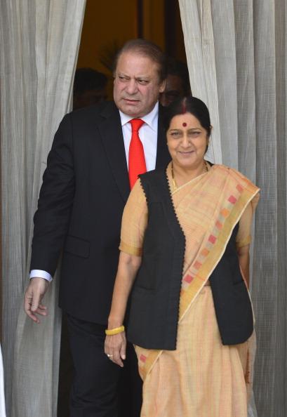 Prime Minister Narendra Modi meets SAARC leaders