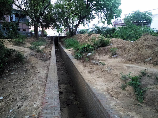 water supply canal of the irrigation dept