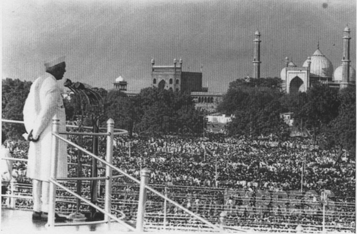PM Nehru Red Fort address 1947
