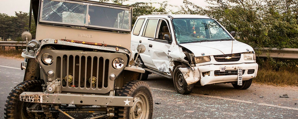 website-banner-1000x400-road-accident-car