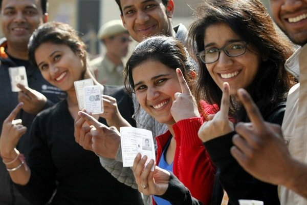 First-time voters during Delhi municipal elections, 2015