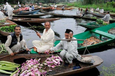 Kashmir floating vegetable market. Source: Getty Images