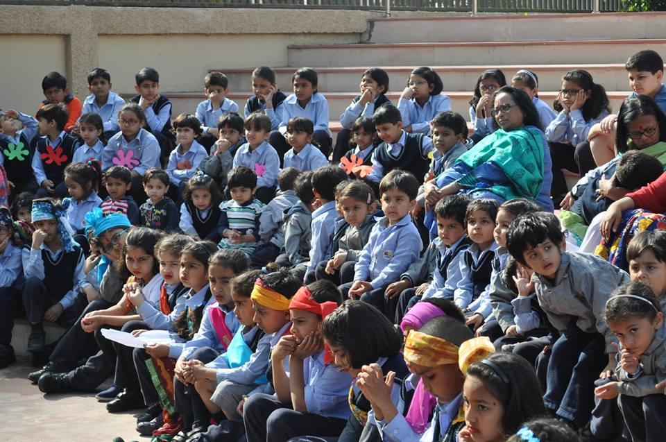 The Paras World School