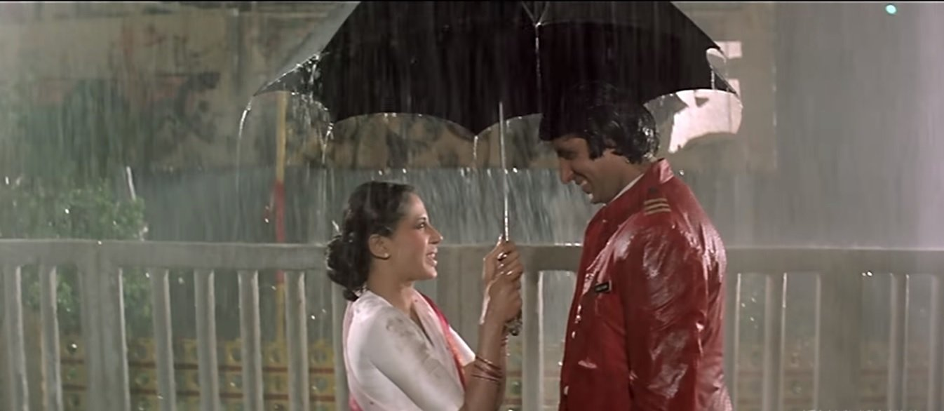 Smita Patil And Amitabh bachchan in Namak Halal