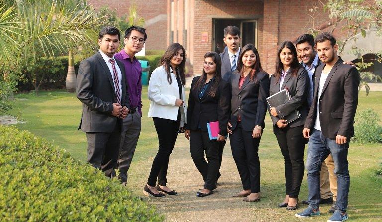 top business schools in Delhi