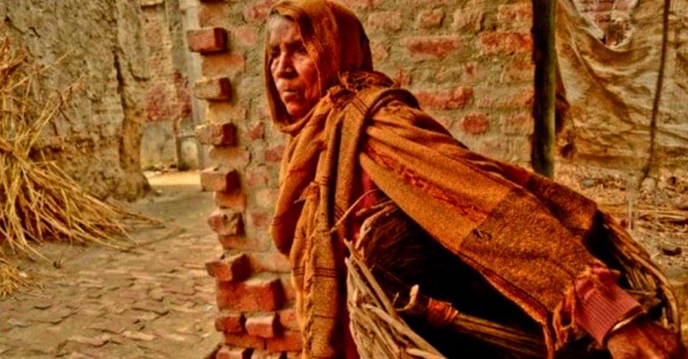 social status of female manual scavengers in India
