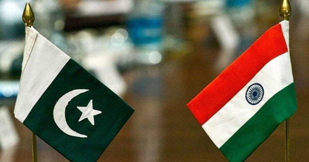 भारत पाकिस्तान का झंडा