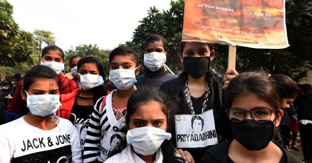 प्रदूषण के खिलाफ एकजुट लोग