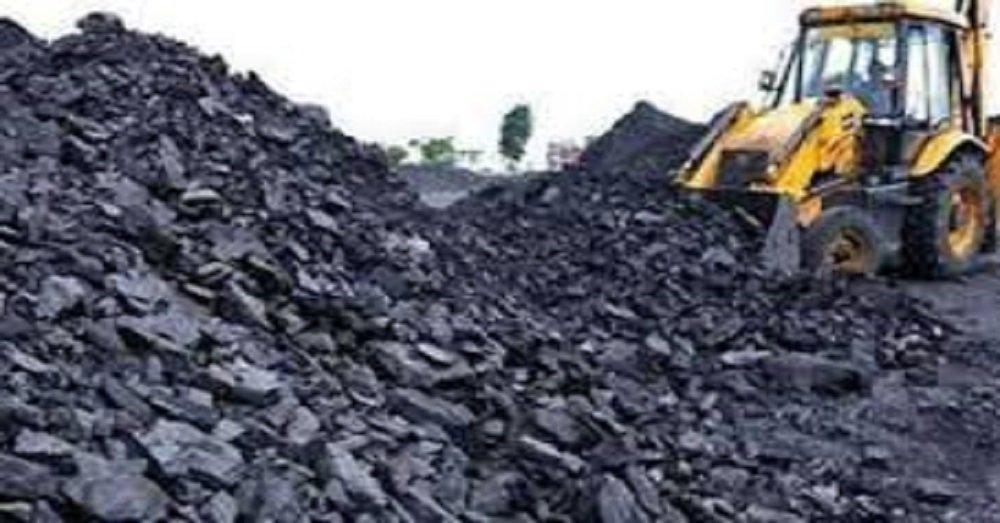 कोयले का आयात।