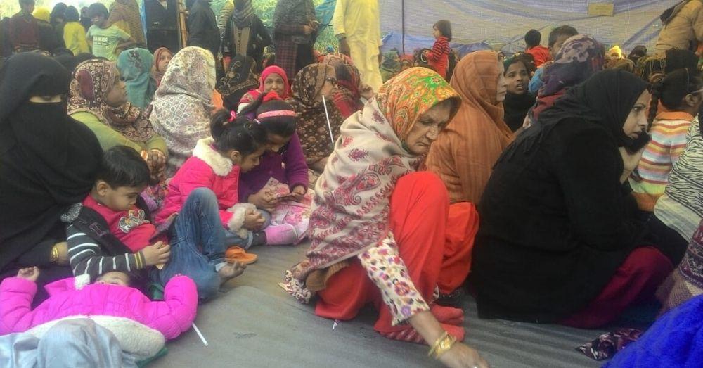 शाहीन बाग में प्रोटेस्ट के दौरान महिलाएं। फोटो साभार- प्रीति परिवर्तन