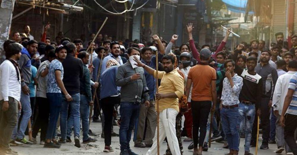 दिल्ली हिंसा। फोटो साभार- सोशल मीडिया