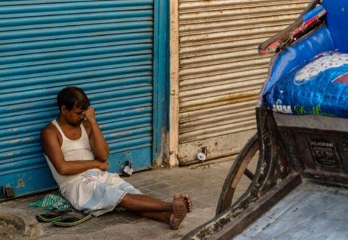 migrant workers in despair