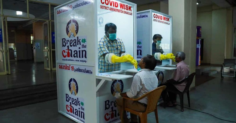 a kiosk in kerala where people can walk in to get tested for COVID-19