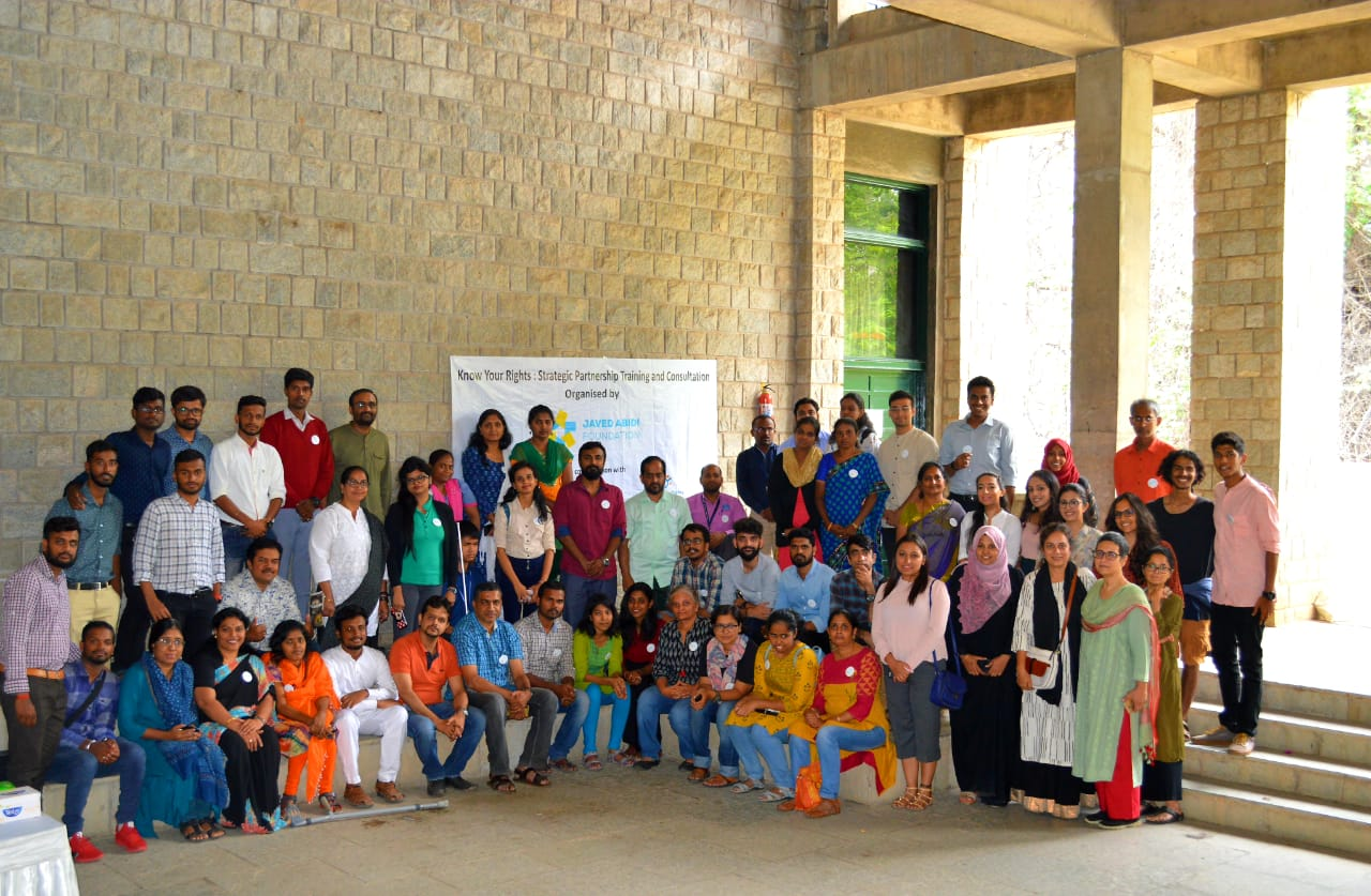 Group photo of RTI workshop conducted by JAF in Bangalore, in partnership with CHRI & DRIF
